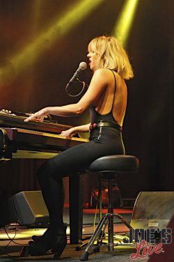 hire dueling pianos in florida for parties