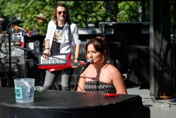 dueling pianos for street festivals