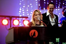 weddings fundraiser and corporate holiday parties rock with howl2go dueling pianos
